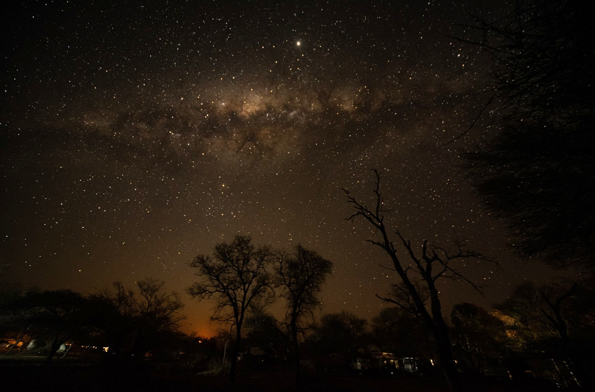 Moonset on a starry night in the Kruger!
